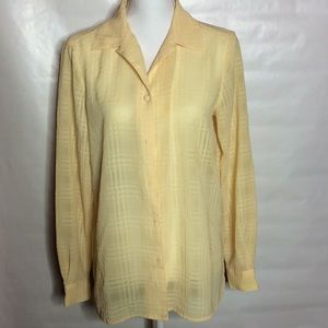 Yellow dressy button up shirt C1